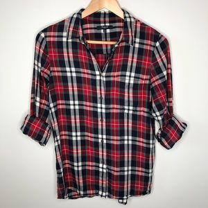 Madewell Red, Navy & White Plaid Button Down Shirt